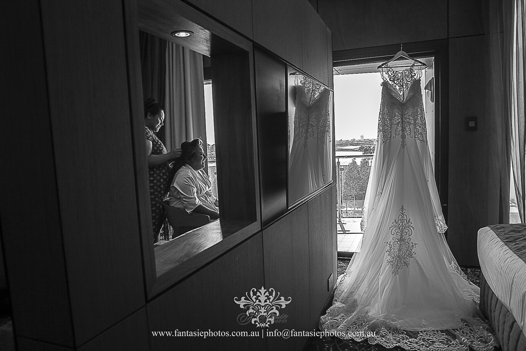 wedding photography at liverpool catholic | Fantasie Photography