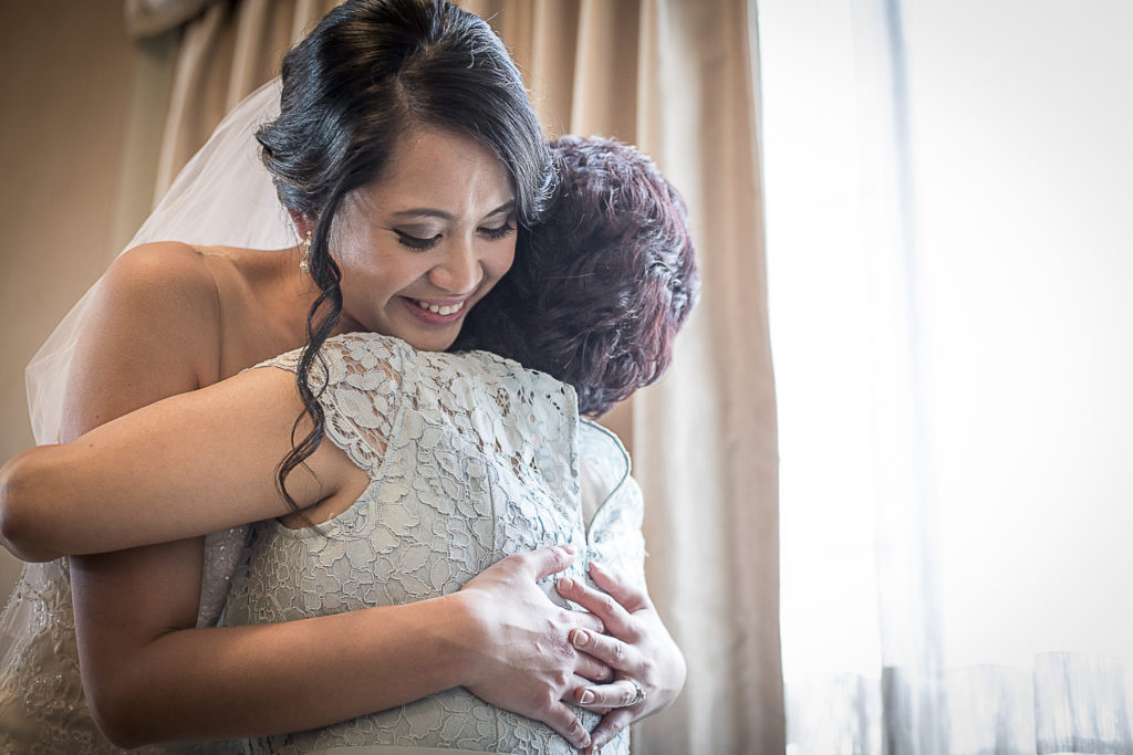 bride and mother of the bride photo | Fantasie Photography