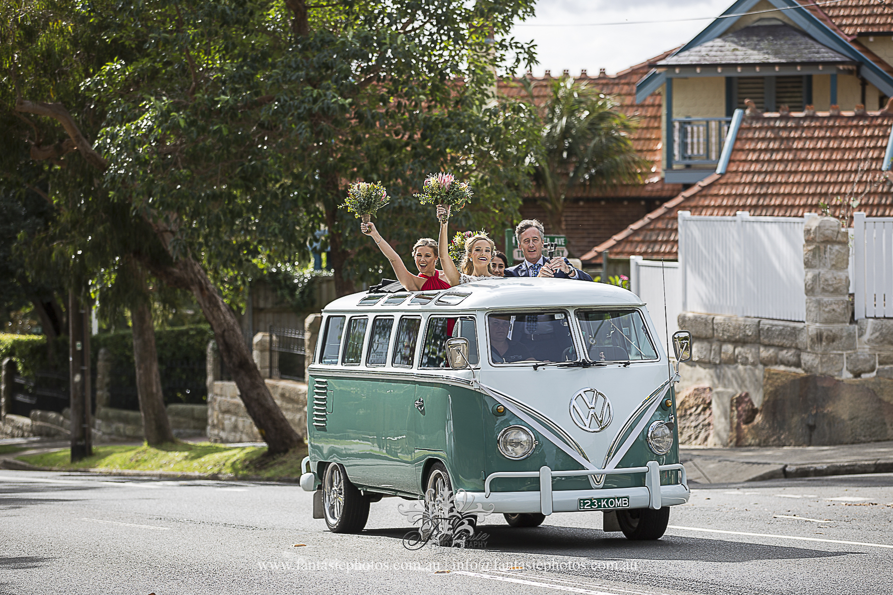 Volkswagen Vintage Classic Kombi Wedding Van Car | Fantasie Photography