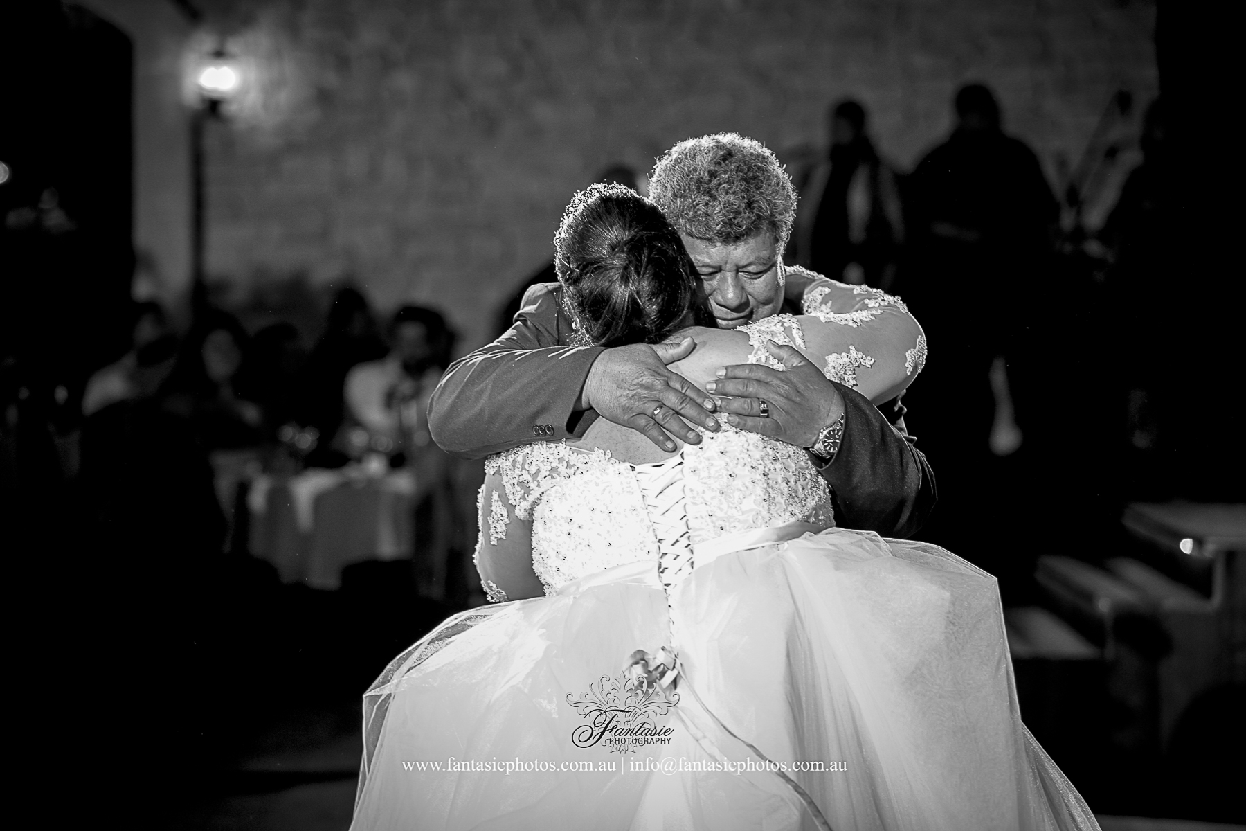 Bride and father of bride love hug photo | Fantasie Photography