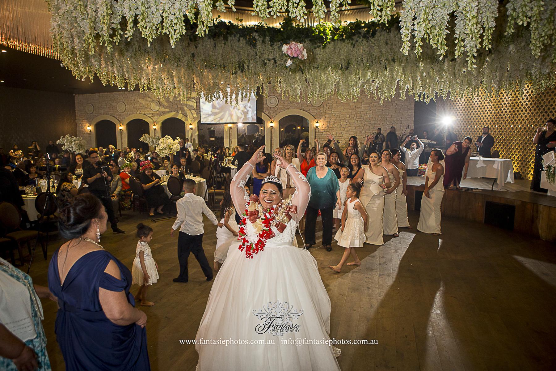 Wedding Photography at Wedding Reception at Lemnos Club | Fantasie Photography
