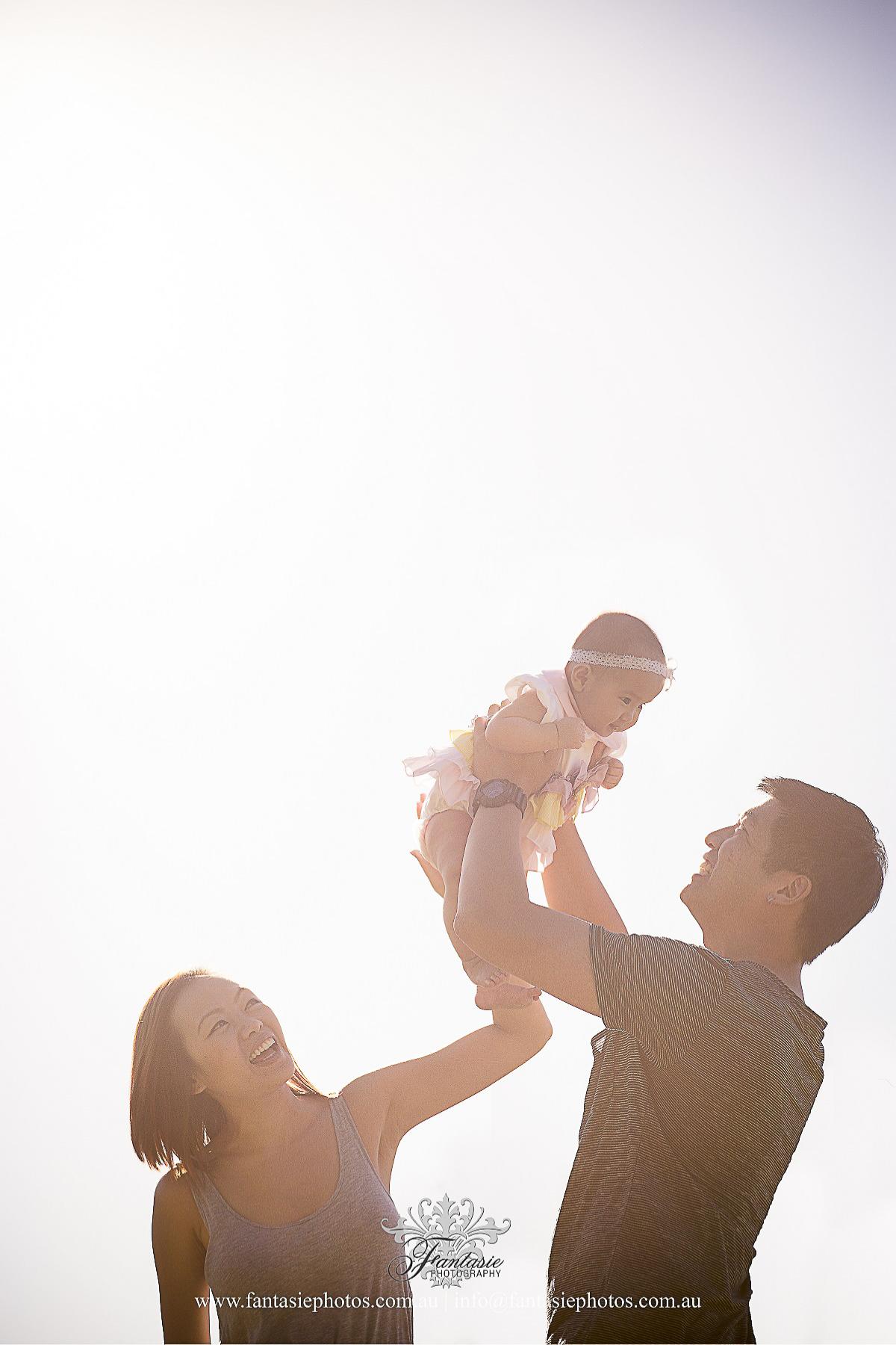 Sunset Family Photo | Fantasie Photography