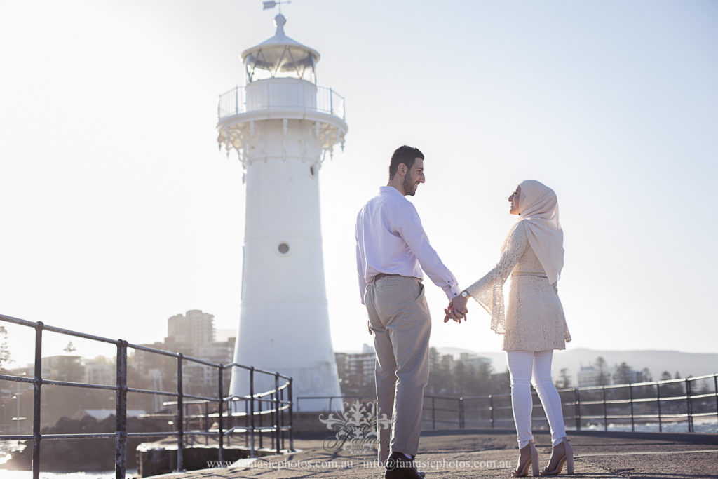 Sydney Prewedding Photography at Wollongong Breakwater Lighthouse | Fantasie Photography
